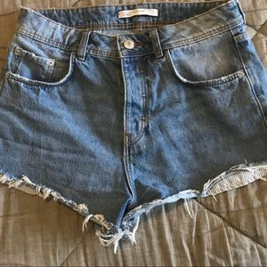 // Zara Shorts //